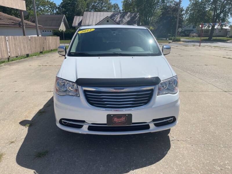 2015 Chrysler Town & Country New London IA